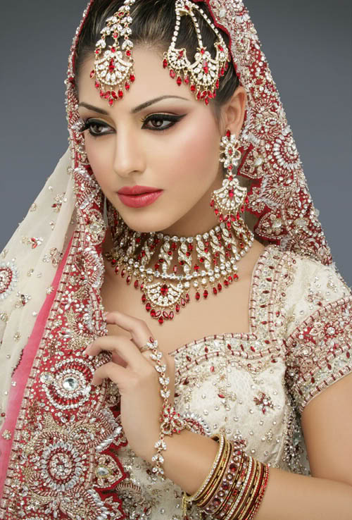 indian wedding dresses Indian Bridal Wear   A Celebration of Life