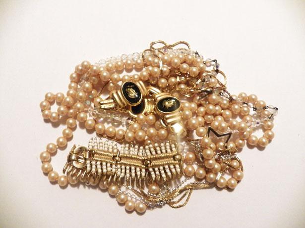 costume jewerly Understanding Jewelry Terminology