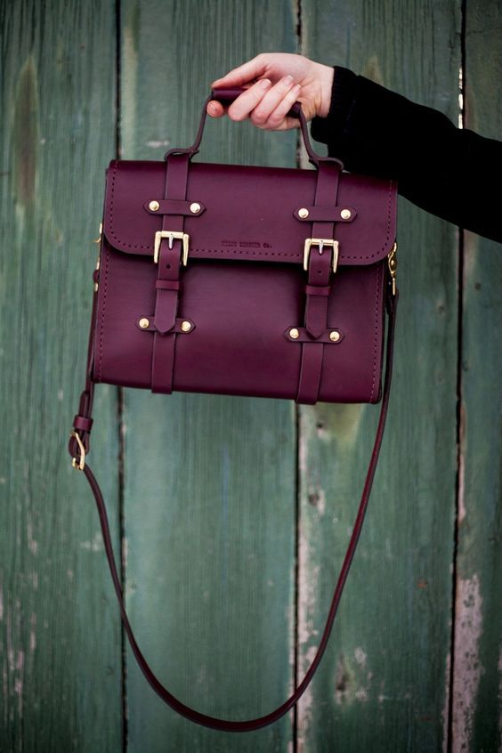 40 Stylish Handbags That Every Fashionista Must Have